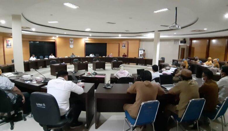 Rapat DPRD Provinsi dengan sejumlah OPD di Gorontalo