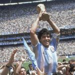 Legenda Argentina Diego Maradona Meninggal Dunia